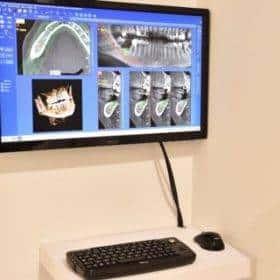 studio dentistico monitor2 1